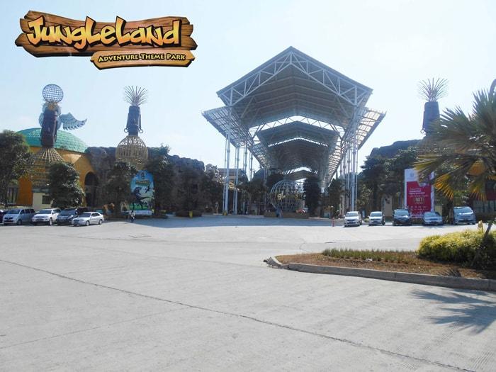 pintu masuk jungleland